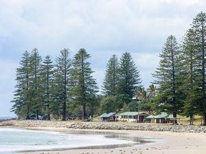 Woman dies on Brooms Head beach