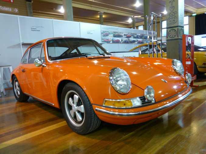 Porsche 911 at the 2016 Motorclassica motor show, Royal Exhibition Building, Melbourne.