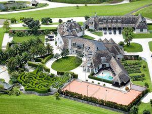 Kiwi siblings snap up Dotcom mansion for $32.5m