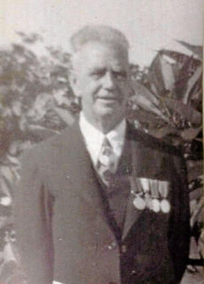Sergeant Alexander Young with his WW1 medals