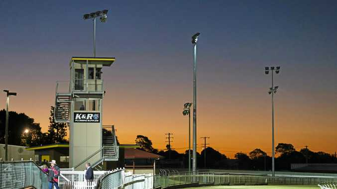 Clifford Park racing continues on Saturday night ahead of next Tuesday's Melbourne Cup-day meeting at Toowoomba Turf Club.