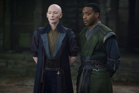 Tilda Swinton and Chiwetel Ejiofor in a scene from the movie Doctor Strange.