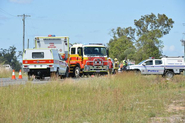 A delivery driver died in a head-on smash on the Isis Hwy this morning.