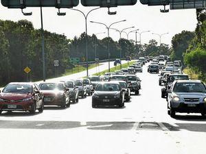 Sunshine Motorway to get traffic trouble spot fix