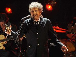Bob Dylan finally speaks about his Nobel win