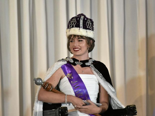 Sharni Wren has been crowned the 2016 Jacaranda Queen.