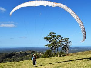 Fear won't stop us flying: Paragliders after crash
