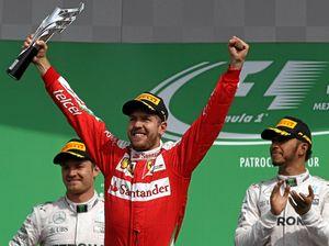 Vettel stole third, says Ricciardo