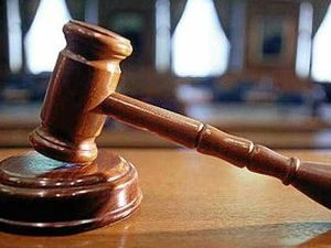 Allegations: Man touched, kissed niece inappropriately