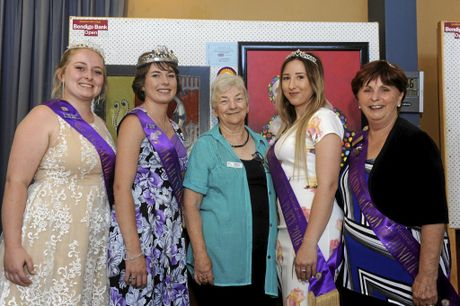 Holiday Princess Heidi Madsen, Jacaranda Queen Sharni Wren, Grafton Art Club president Averill Wiblen, Party Princess Shannon Carter and Matron of Honour Carol Smith.