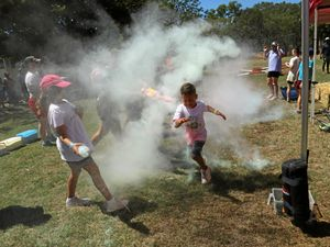 VIDEO: Eidsvold students compete in Colour Run
