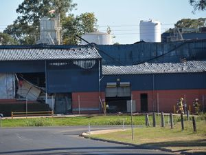 Bacon factory fire: Exclusion zone lifted around scene