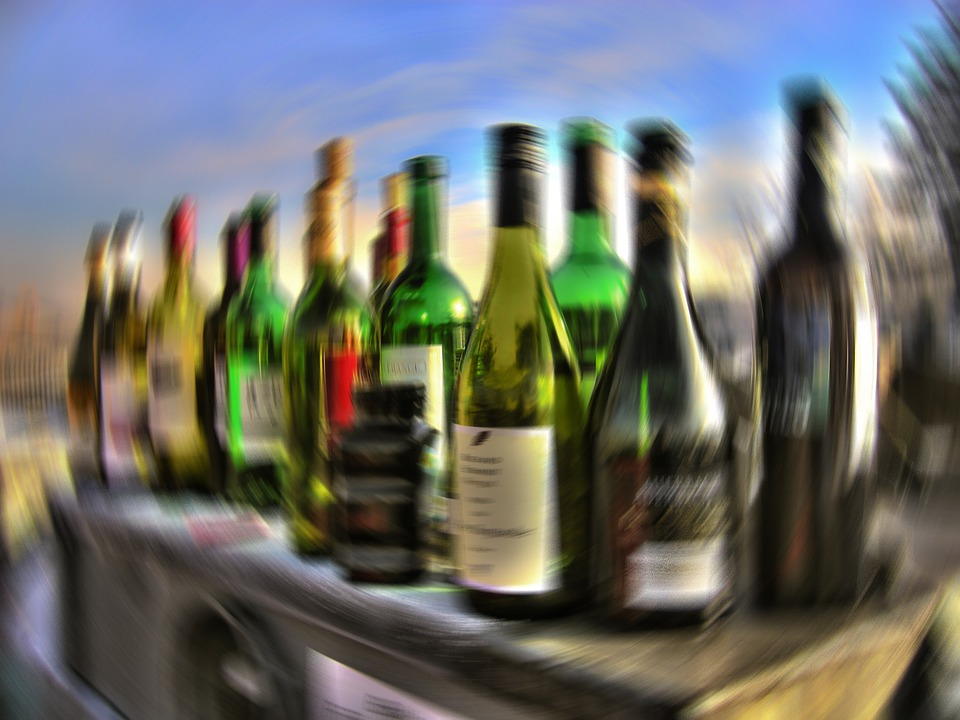 Even if you regularly drank enough for the bar to look like this you wouldn't get enough Resveratrol to help your brain.