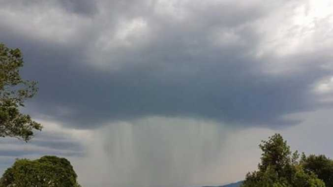 A photo of the storm near Mallanganee.