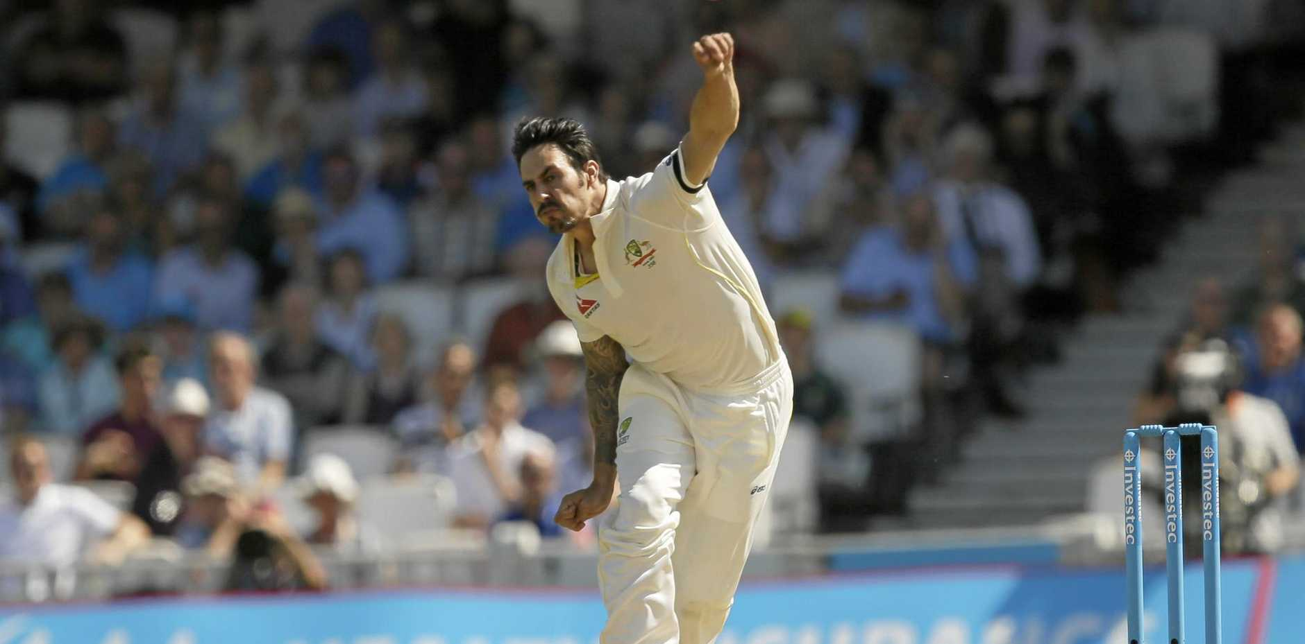 Australia's Mitchell Johnson bowls to England's Ian Bell on the third day of the fifth Ashes Test at The Oval in 2015.