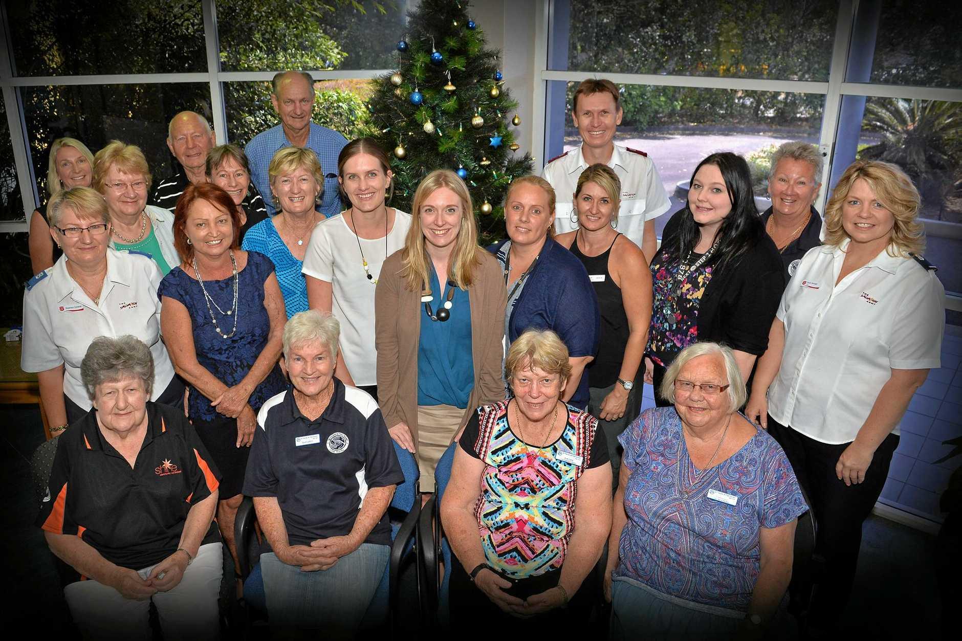 Family Christmas Gift Giving.Giving Families Christmas Cheer This Holiday Season