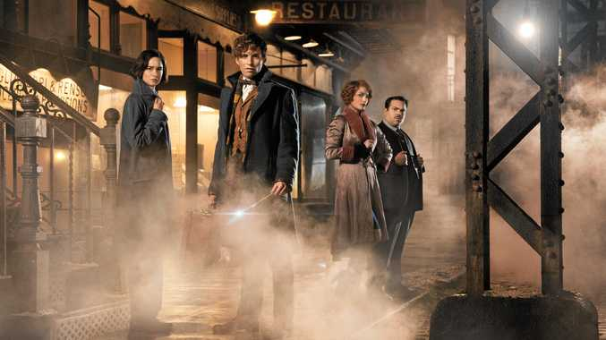 Katherine Waterston, Eddie Redmayne, Alison Sudol and Dan Fogler in Fantastic Beasts and Where To Find Them.