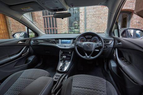 2017 Holden Astra R cloth interior