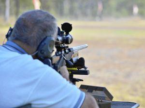Perrett's ultimatum over shooting range