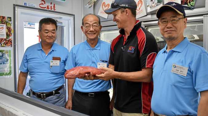 Hiromi Sakita, Matsuura City Mayor Ikuhiro Tomohiro, Debbies Seafood manager Craig Fitzgerald and Katsuyuki Takahashi.