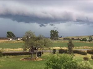 Time lapse video shows thunderstorms rolling in