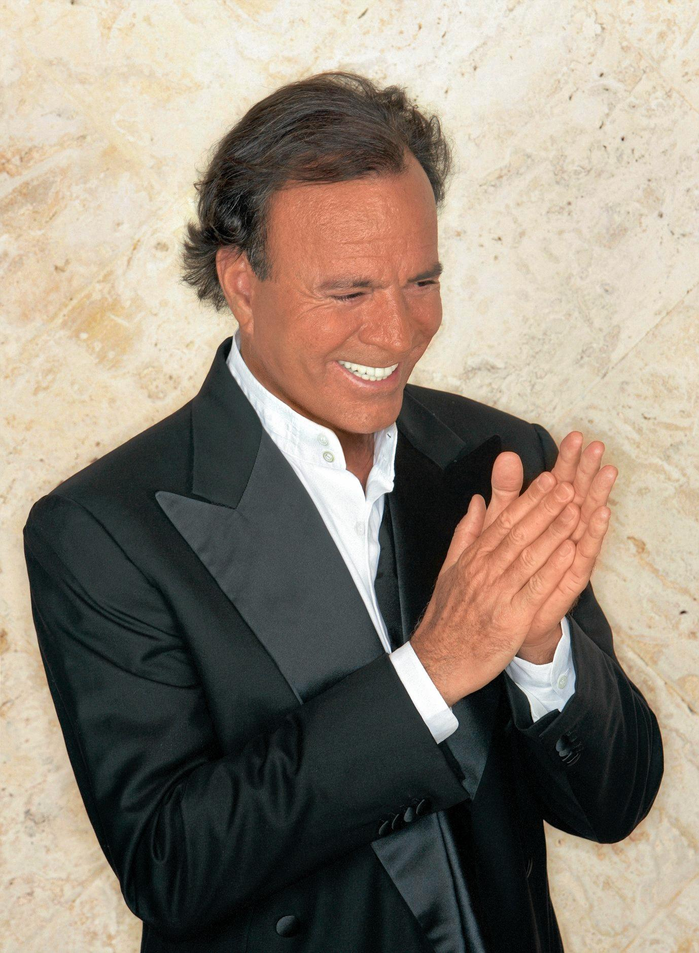 The best-selling male Latin artist of all time, Julio Iglesias, entertains on the Gold Coast in December.