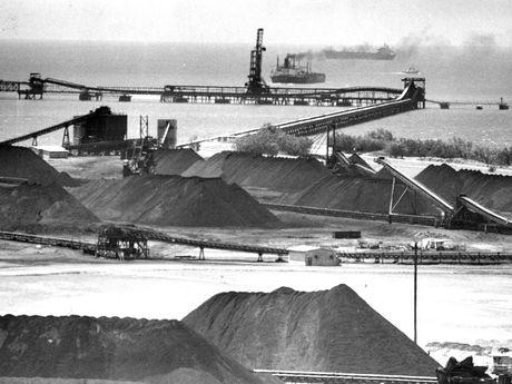 Coal stockpiles awaiting shipment from Hay Point.