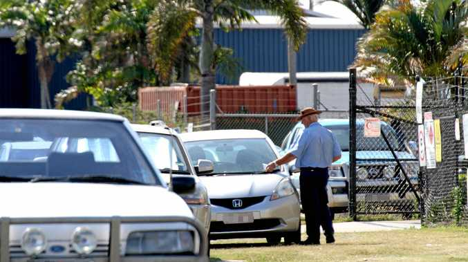 Mackay Regional Council Parking Inspector issued Infringement Warnings to cars parked