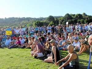 PHOTO GALLERY: Hundreds rally to save much-loved park