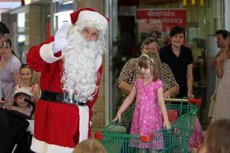 Santa arrives at the Sunshine Plaza. Photo: Cade Mooney Sunshine Coast Daily