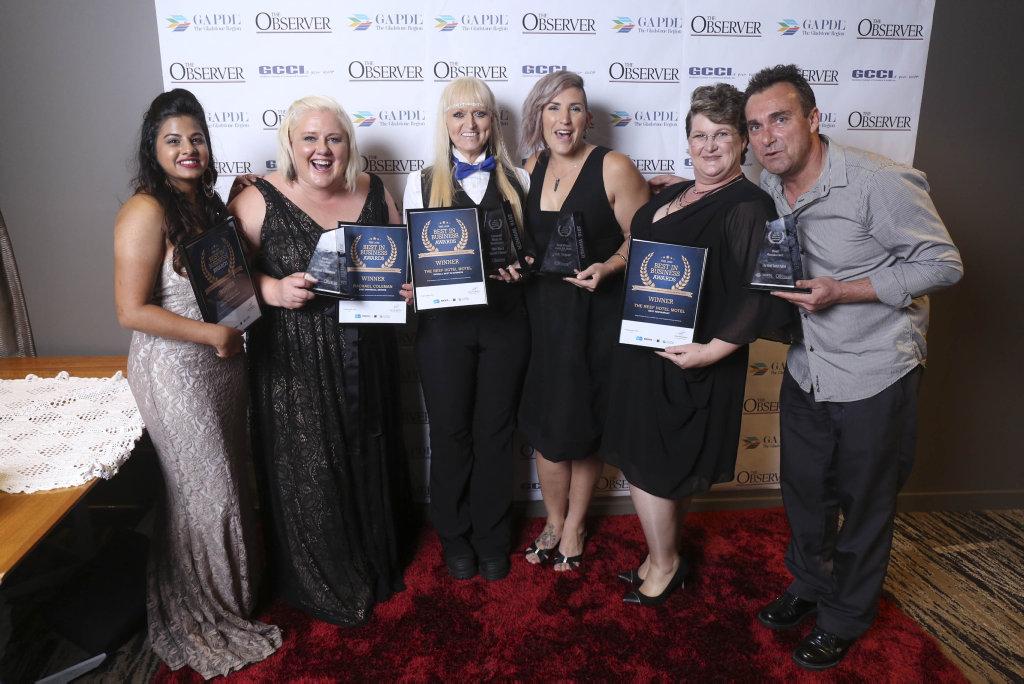 Reef Hotel /Star Liquor Group Lameez Yunas, Rachel Coleman, Anna Dowling, Maddie Condren, Darlz Mckenzie and Darren Hutchinson. Gladstone Observer's Best in Business Awards 2016.