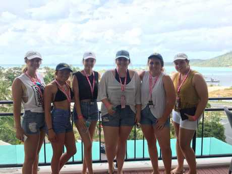 Mhairi Maitland, Ilish Edwards, Darcy Breadsell, Eva Theodore, Sallie Salisbury and Katelyn Cesar at Schoolies