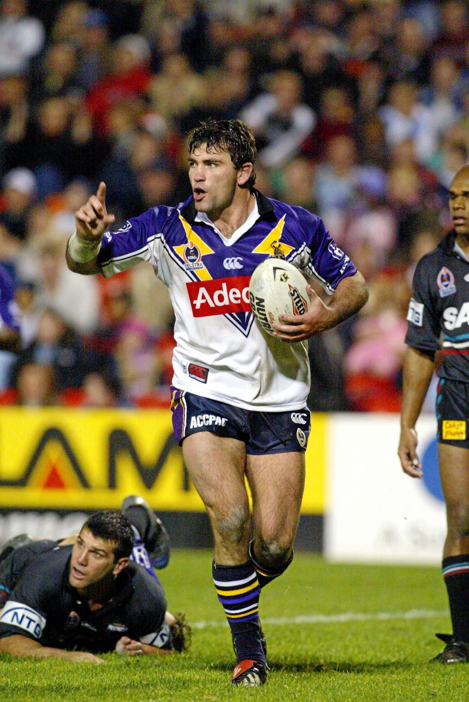Robbie Kearns celebrates scoring his try   - NRL RUGBY LEAGUE  PENRITH PANTHERS v MELBOURNE STORM at Penrith, June 14th 2003. (AAP Image/Action Photographics) NO ARCHIVING, EDITORIAL USE ONLY