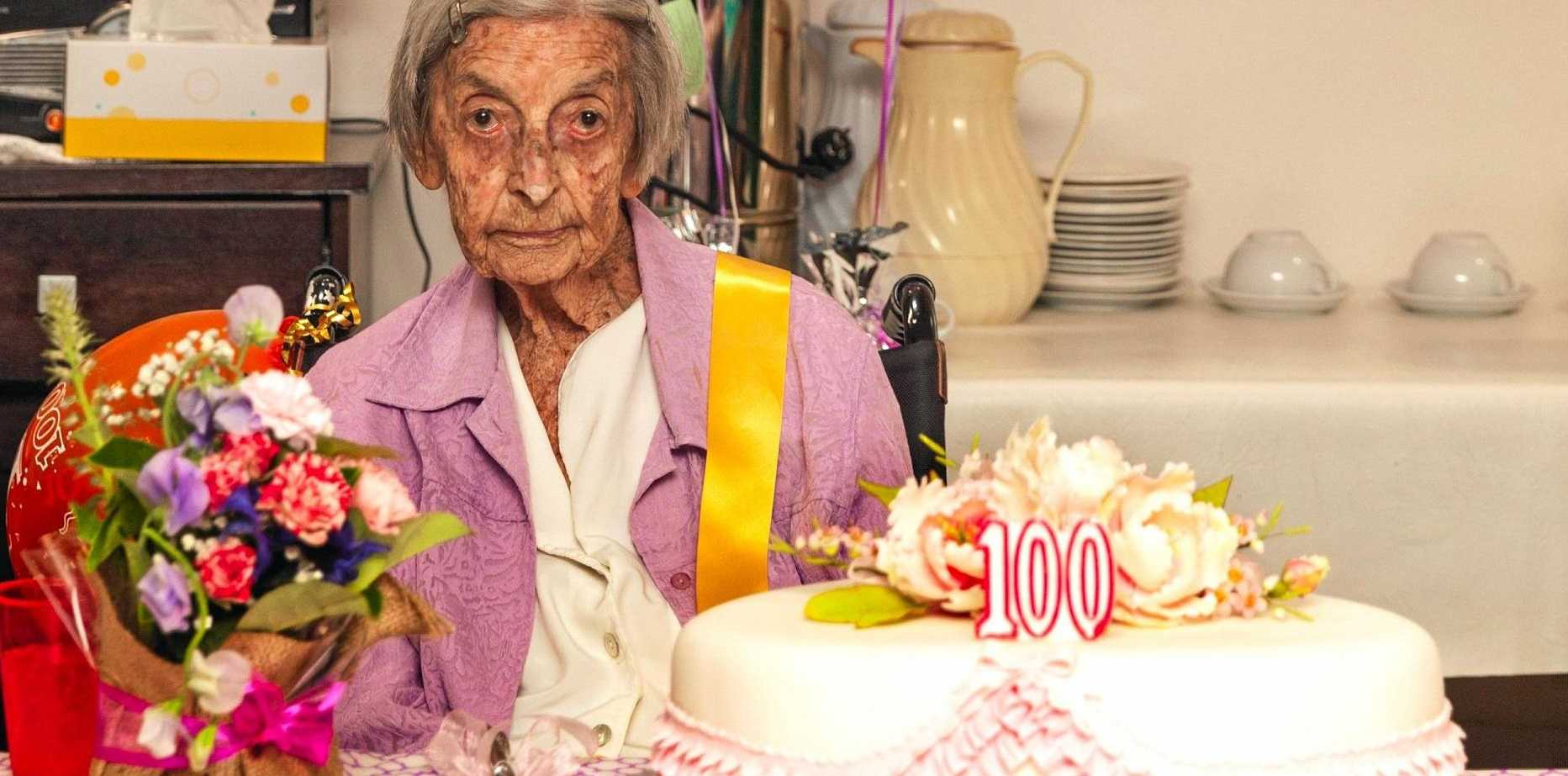 Mavis Beard celebrates her 100th birthday surrounded by friends and family that have travelled from all over to be with her.