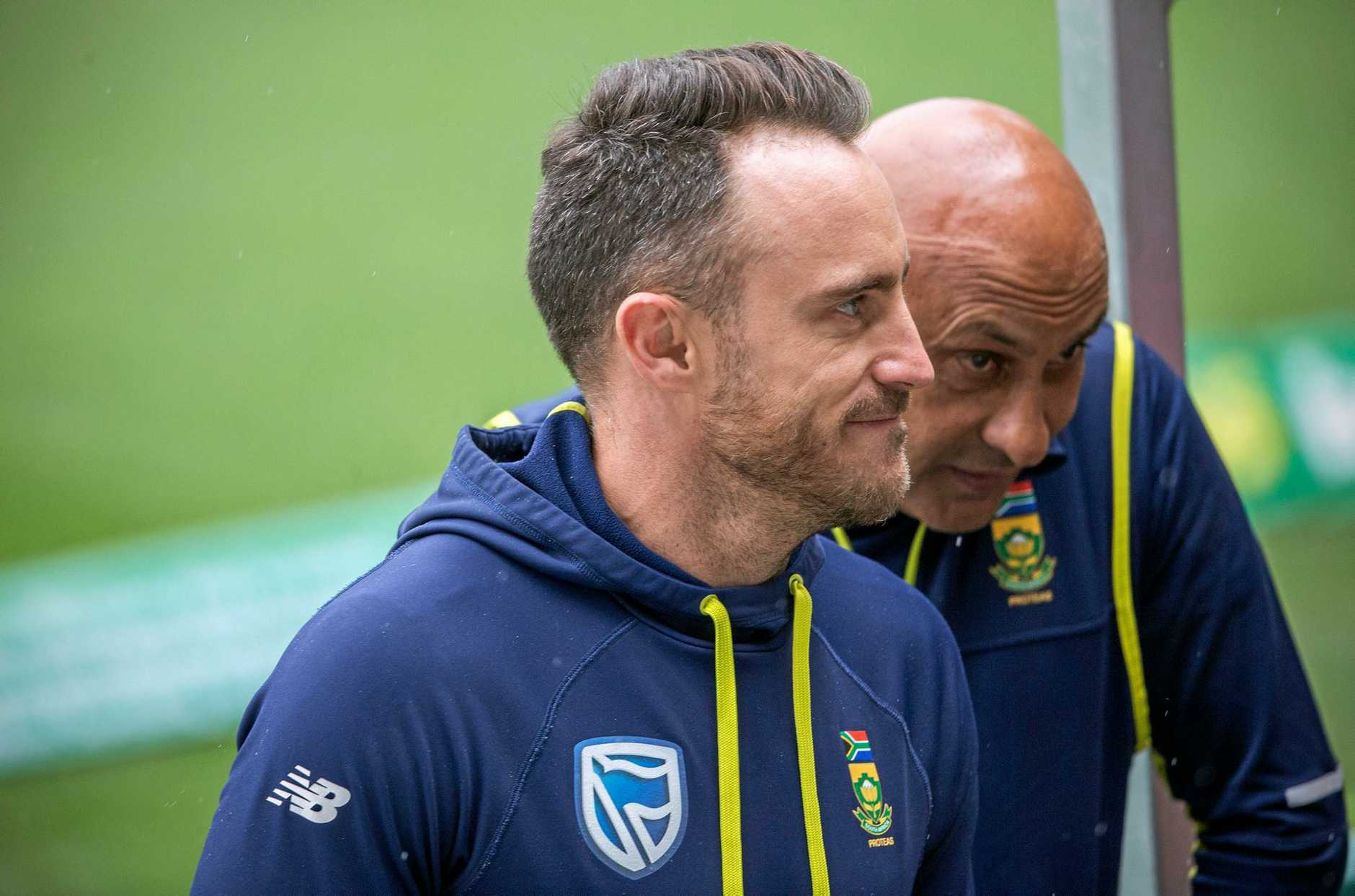 South African cricket captain Faf du Plessis is clear to play in the third Test beginning in Adelaide tomorrow despite being found guilty of ball tampering.