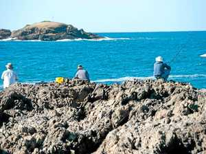 Anglers oppose life jacket trial