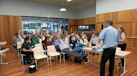 Wandoan Liaison Group president Bill Blackley moved a motion, supported by the majority of those present, to oppose CTSCo's carbon storage project and call for it's scrapping. at an information session in Wandoan.