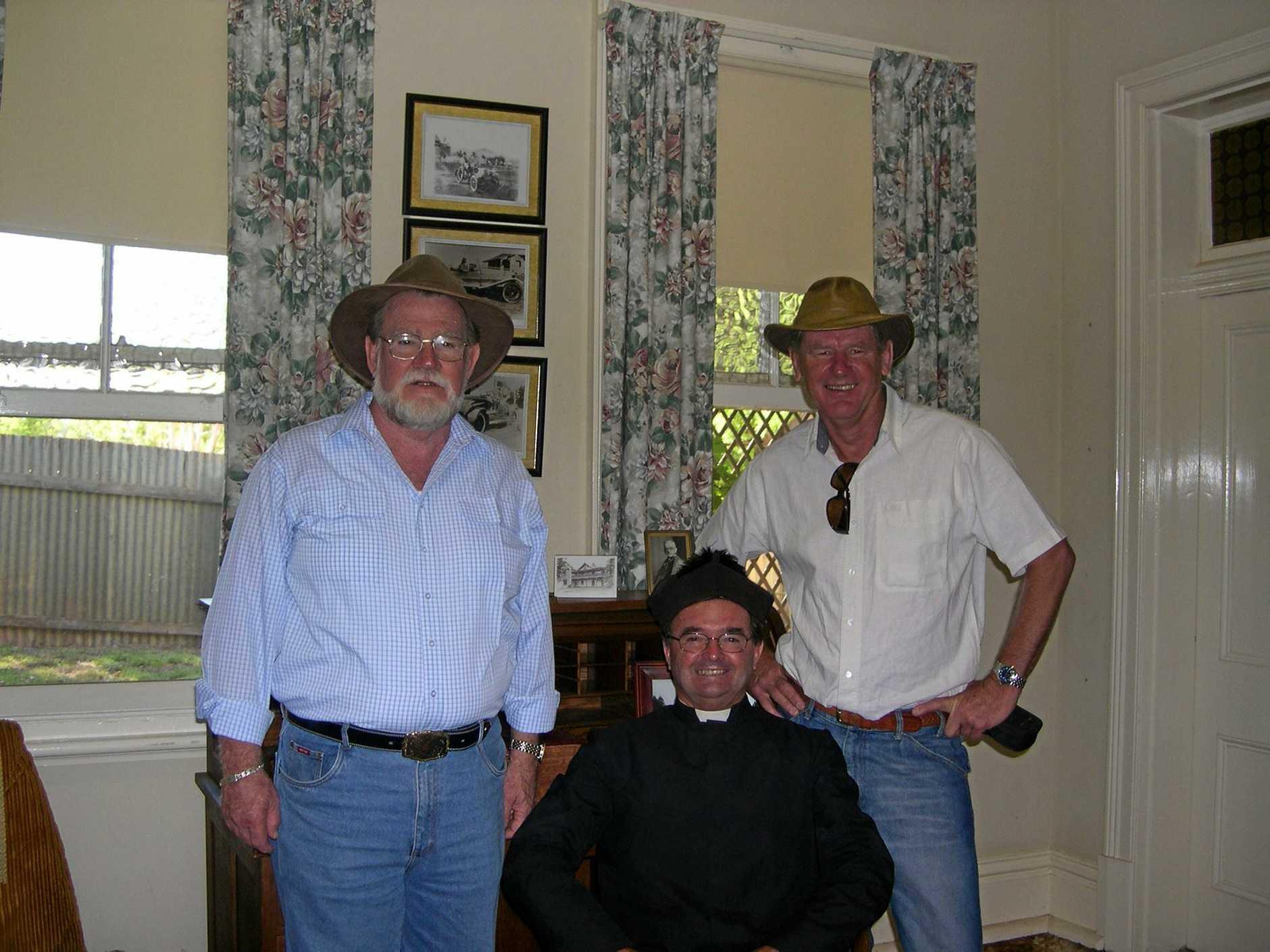 Peter Mace and Vic Jeffries co ordinators of the Gosford Bush Poets with Noel Stallard of Narrandera.