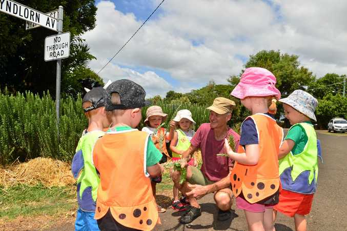Food Street in Buderim. Duncan McNaught chats with young children from Milford Lodge about the project.