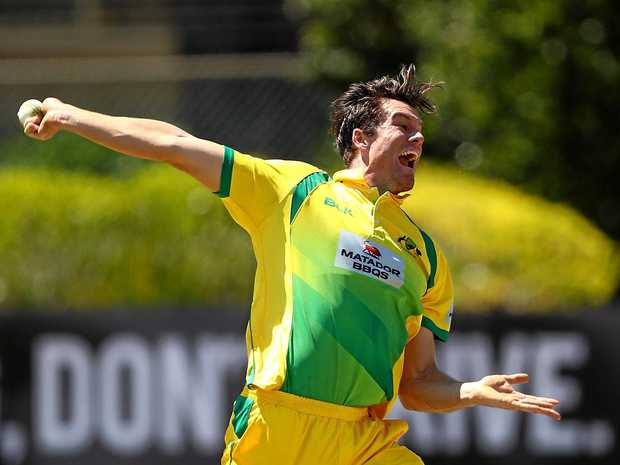 SYDNEY, AUSTRALIA - OCTOBER 07:  James Bazley of CA XI bowls during the Matador BBQs One Day Cup match between New South Wales and the Cricket Australia XI at Hurstville Oval on October 7, 2016 in Sydney, Australia.  (Photo by Ryan Pierse/Getty Images)
