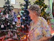 Dazzling display of decorated Christmas Trees, Market Stalls, Free Amusement Rides, and live entertainment, food and drink available.