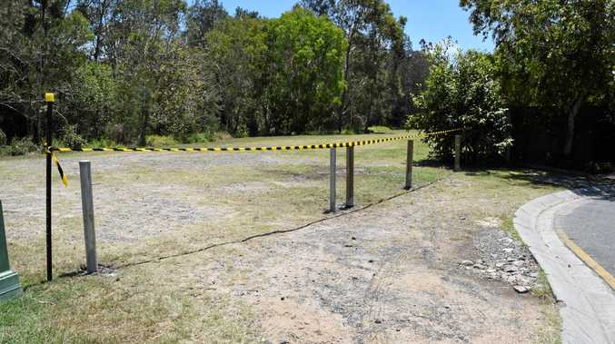 GATED COMMUNITY: Noosa Council erects a gate and fence to combat vehicles illegally accessing council-controlled land off Riverstone Ct, Noosaville.