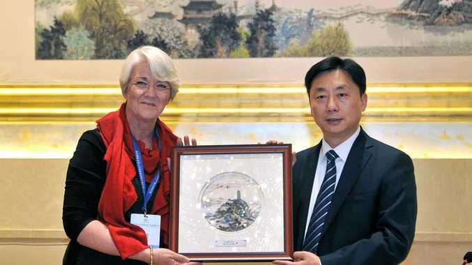NEW AGREEMENT: Rockhampton Mayor Margaret Strelow talks with Xia Jinwen, Zhenjiang's Party Secretary in China on Sunday.