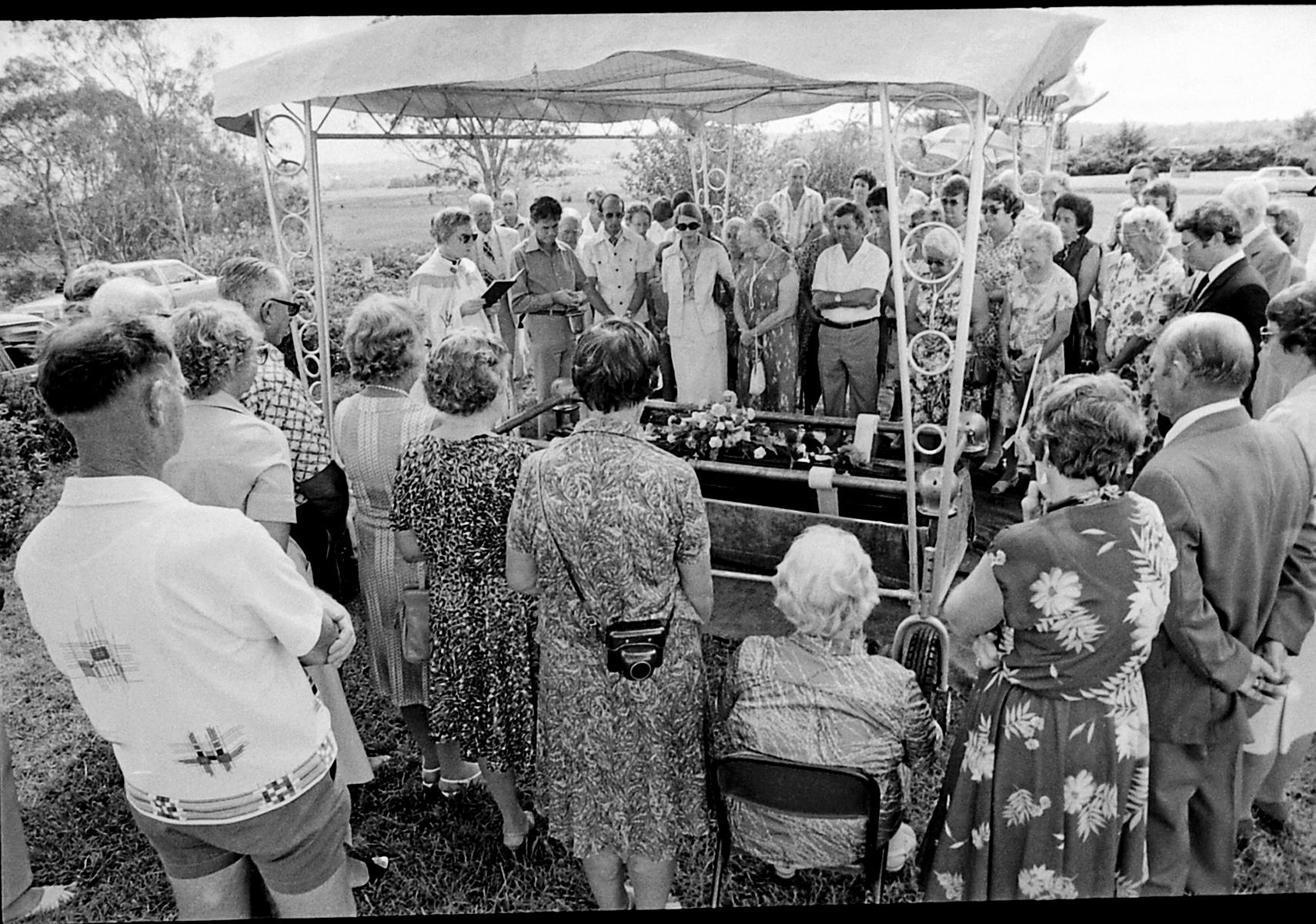 Historic: Musicians: Pianists The Funeral of Una Winifred Atwell, Trinidad-born British pianist, at Lismore memorial Garden Cemetry at South Gundurimba in March 1983. Photo Warren Croser / The Northern Star