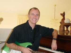 Live Entertainment with Russell Sprout from 2pm Sunday 26th February 2017