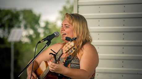 Award winning singer Sophie Rose entertained festival goers.