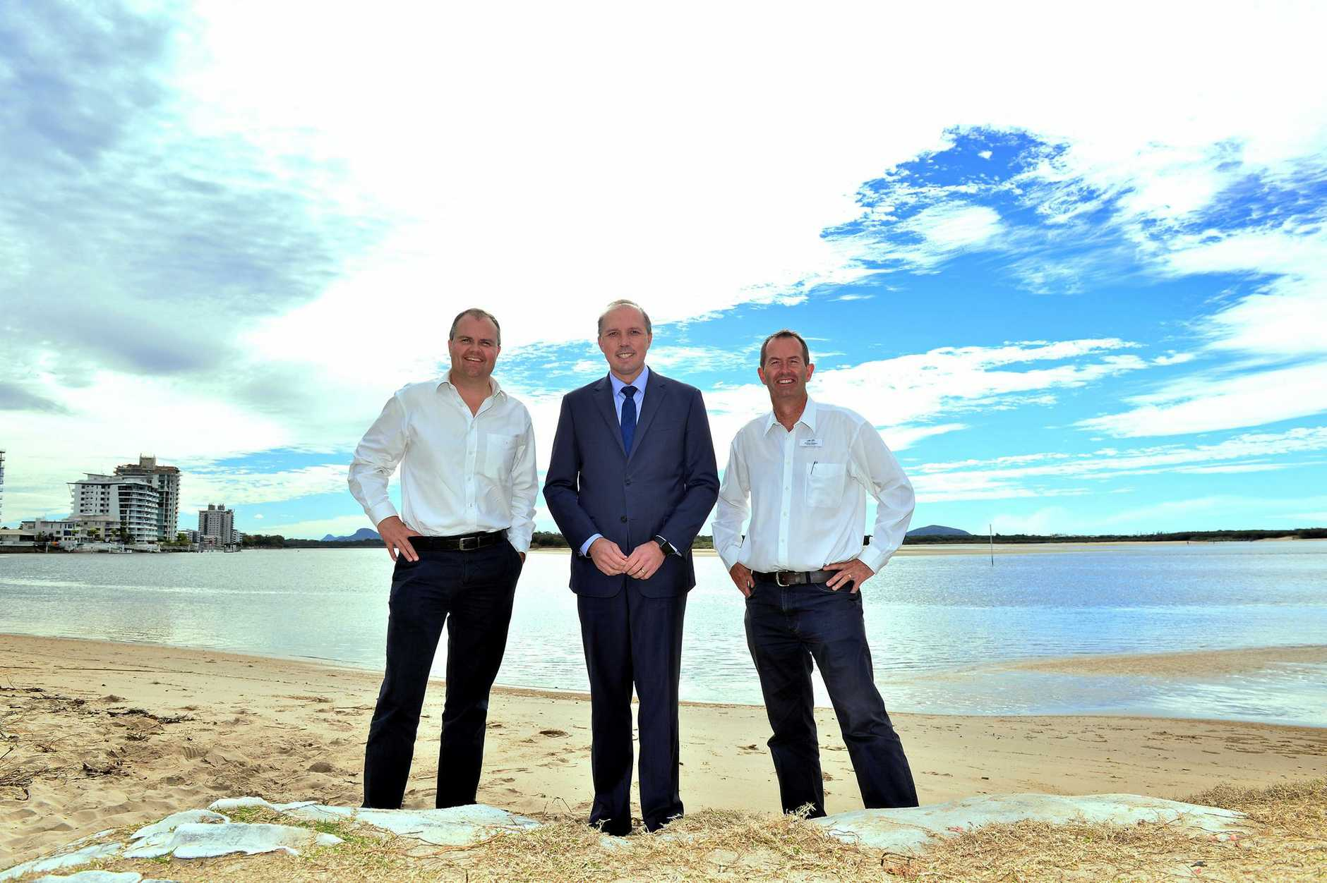 ANNOUNCE: Ted O'Brien,Peter Dutton and Andrew Wallace at Cotton Tree Park to announce funding for a global undersea internet cable.