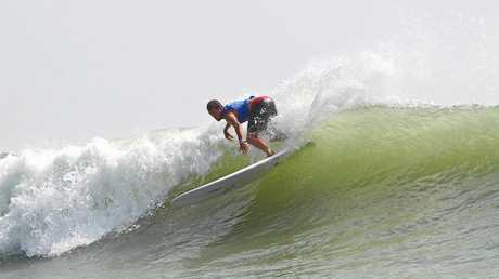 Coffs Coast surfer Harley Ingleby produced one of the heats of his career to defeat French style-master Antoine Delpero in round 3 of the Jeep World Longboard Championships in China on Thursday.