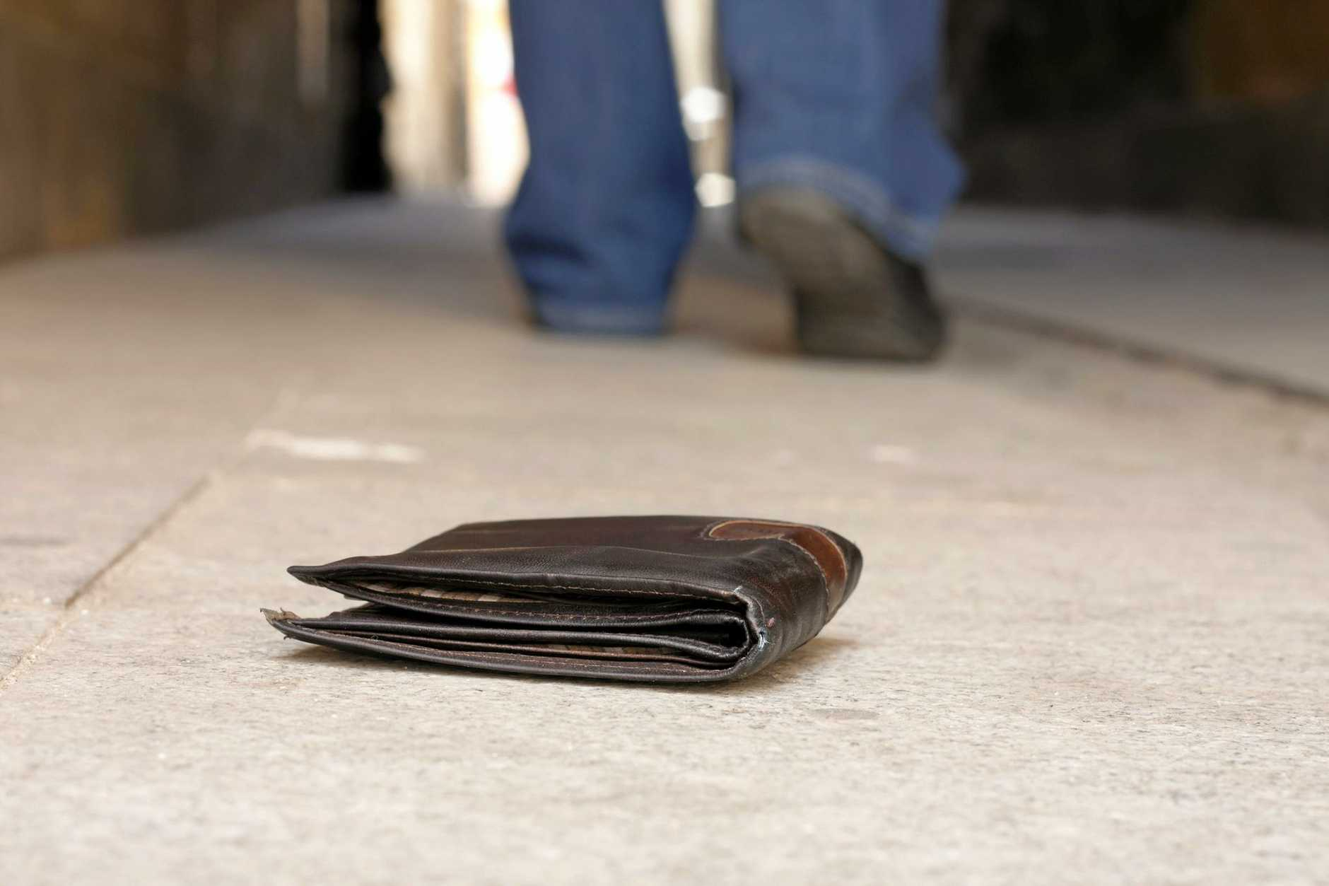 A lost wallet has resulted in a Gympie man being sentenced to community service.