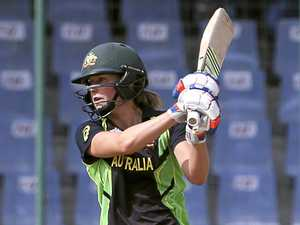'Bradman of women's cricket' wants team effort